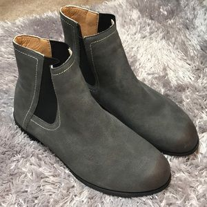 Shoes - Ankle boots size 8